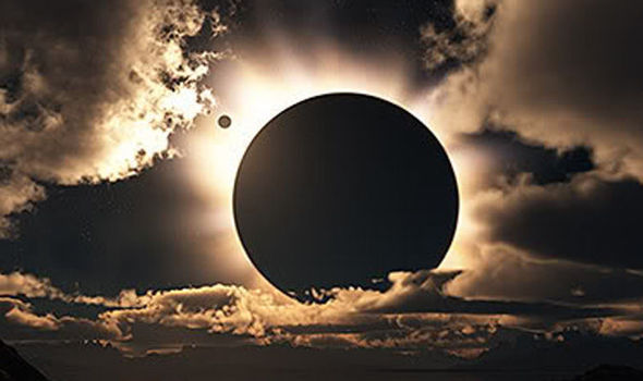 Solar-Eclipse-843063